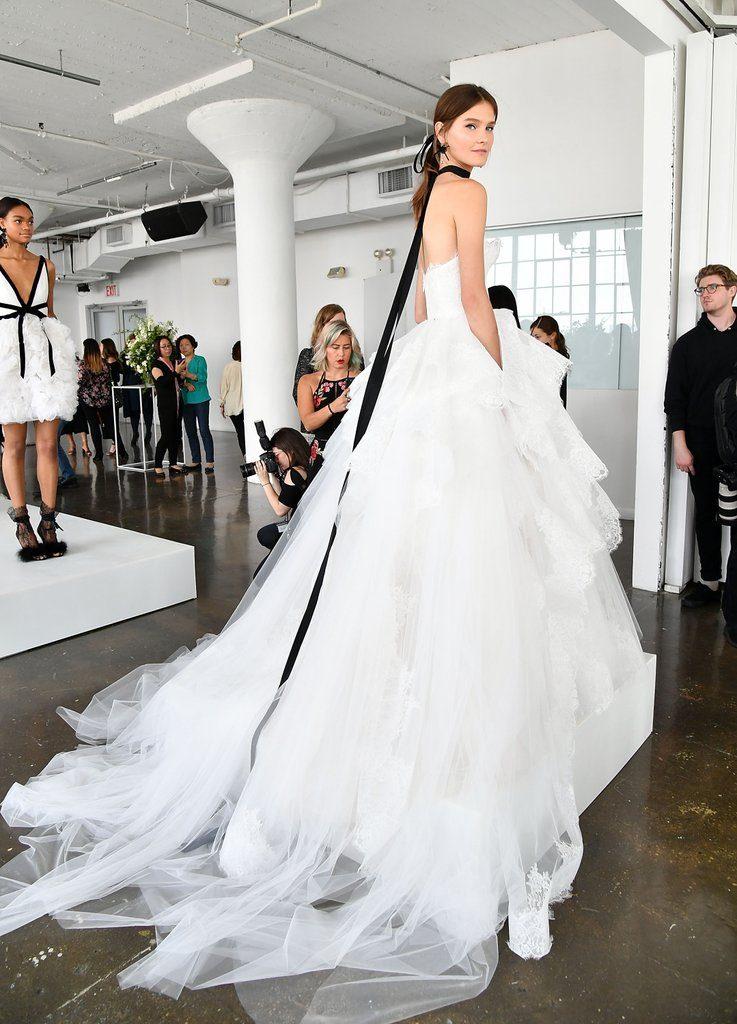 304f5ae9d1 Suknie ślubne 2018 - trendy w modzie ślubnej
